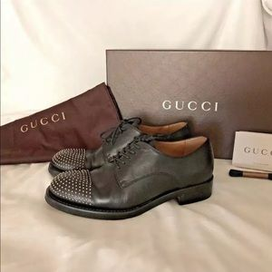 Gucci Sz 35 Oxford lace up studded toe shoes